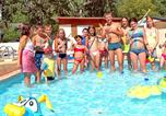 Camping avec Piscine Seyne - Camping  Au Vallon Rouge-4