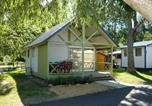 Camping avec WIFI Huanne-Montmartin - Flower Camping Les Bouleaux-2