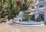 Location vacances Los Angeles - Luxury Renaissance Apartments-1
