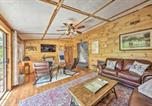 Location vacances Crossville - Getaway on Center Hill Lake with Decks and Water Views-2