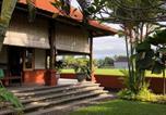 Location vacances Kalibaru - Medewi Bambu House-1