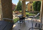 Location vacances Bük - Luxus Golf Apartment-1
