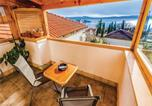 Location vacances Crikvenica - Three-Bedroom Apartment in Selce-1