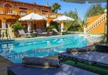 Location vacances Selva - Villa Porrasses magnificent eight-bedroom country house with private pool short walk to local vill-2