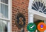 Location vacances  Irlande - Stauntons on the Green Guesthouse-1