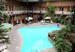Hôtel Arlington - Budget Host Inn-1
