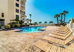 Location vacances Indian Shores - New Listing! Beachfront Perch w/ Pool & Balcony condo-4