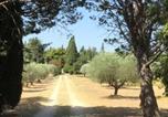 Location vacances Charleval - Domaine de Casteuse Cottage-1