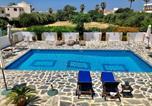 Hôtel Chypre - Angela Holiday Apartments-1