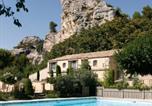 Hôtel 5 étoiles Marseille - Baumanière - Les Baux de Provence-1