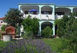 Location vacances Lopar - Apartment Lopar 14-1