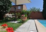 Location vacances Taïx - Casa De Goyo-2
