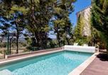 Location vacances Rognac - Le Mas des Roches à Velaux-1
