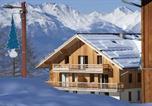 Location vacances Jausiers - Residence Les Chalets de Bois Mean