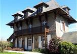 Hôtel Quinéville - Le Chalet Suisse - Chambre papillons-1