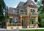 Location vacances Gasselte - Spacious Mansion with Jacuzzi in Gasselternijveen-2