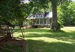 Location vacances Wytheville - 5 min to I-77, Farm cabin for 2, wifi, view-2