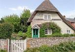 Location vacances Basingstoke - April Cottage-1