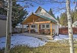 Location vacances Dunsmuir - Cozy Dtwn Cabin Less Than 10 Mi to Mt Shasta Ski Park-3