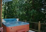 Location vacances Agassiz - Lakefront Chalet #7-1