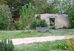 Location vacances Marcillac-Lanville - Le Dojo du Plessis-3