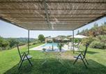 Location vacances Gualdo Cattaneo - Seven-Bedroom Holiday Home in Perugia-1