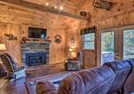 Location vacances Whittier - Natures Retreat with Hot Tub - 7 Mi to Bryson City-4