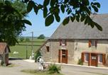 Location vacances Moux-en-Morvan - Gîte du Charmoy-1