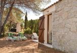Location vacances Appietto - Three-Bedroom Holiday Home in Calcatoggio-4