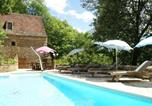 Location vacances Mazeyrolles - Modern Holiday Home in Besse with Swimming Pool-1