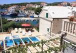 Location vacances Selca - Villa Vicko-1