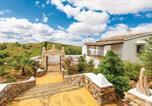 Location vacances Lora del Río - Five-Bedroom Holiday Home in Constantina-2