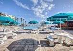 Location vacances Daytona Beach Shores - Hawaiian Inn Beach Resort Unit #435-2