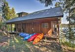 Location vacances Moscow - South Lake Coeur dalene Home with Dock and Kayaks-3