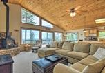 Location vacances Sonora - Pet-Friendly Mtn Home with Deck, 3 Mi to Hiking-2