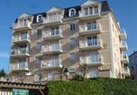 Location vacances  Calvados - Apartment Les Jardins du Vallon-4
