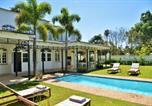 Location vacances Johannesburg - Hyde Park Boutique Hotel-1