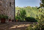 Location vacances Camporgiano - Holiday home via Montealtissimo 1-3