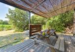 Location vacances  Vaucluse - Lodges en Provence & Spa-4