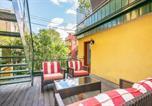 Location vacances Montréal - Two-Storey Heritage Unit- Private Garden and Sauna-3