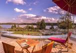 Location vacances Obing - Lebensart-am-See-elegante-Ferienwohnung-See-Lodge-direkt-am-See-1