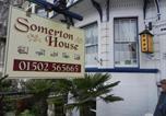 Location vacances Lowestoft - Somerton Guest House-1
