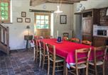 Location vacances Linières-Bouton - Five-Bedroom Holiday Home in Breil-3