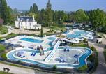 Camping avec Parc aquatique / toboggans Centre - Camping Sandaya Château des Marais-1