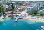 Location vacances Split-Dalmatia - Apartments by the sea Okrug Gornji, Ciovo - 8440-1