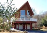 Location vacances Luray - The Shuck- Christophers Riverside Cabin-1