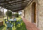 Location vacances Montespertoli - Cozy Farmhouse in Montespertoli with Swimming Pool-4