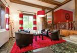 Location vacances  Belgique - Luxurious Castle in Jalhay with a Sauna-3