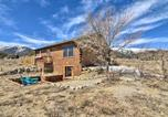 Location vacances Buena Vista - Mountain Retreat with Panoramic Views and Patio!-1