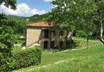 Location vacances Mercatello sul Metauro - Property with swimming pool, spacious garden, private terrace and views-3